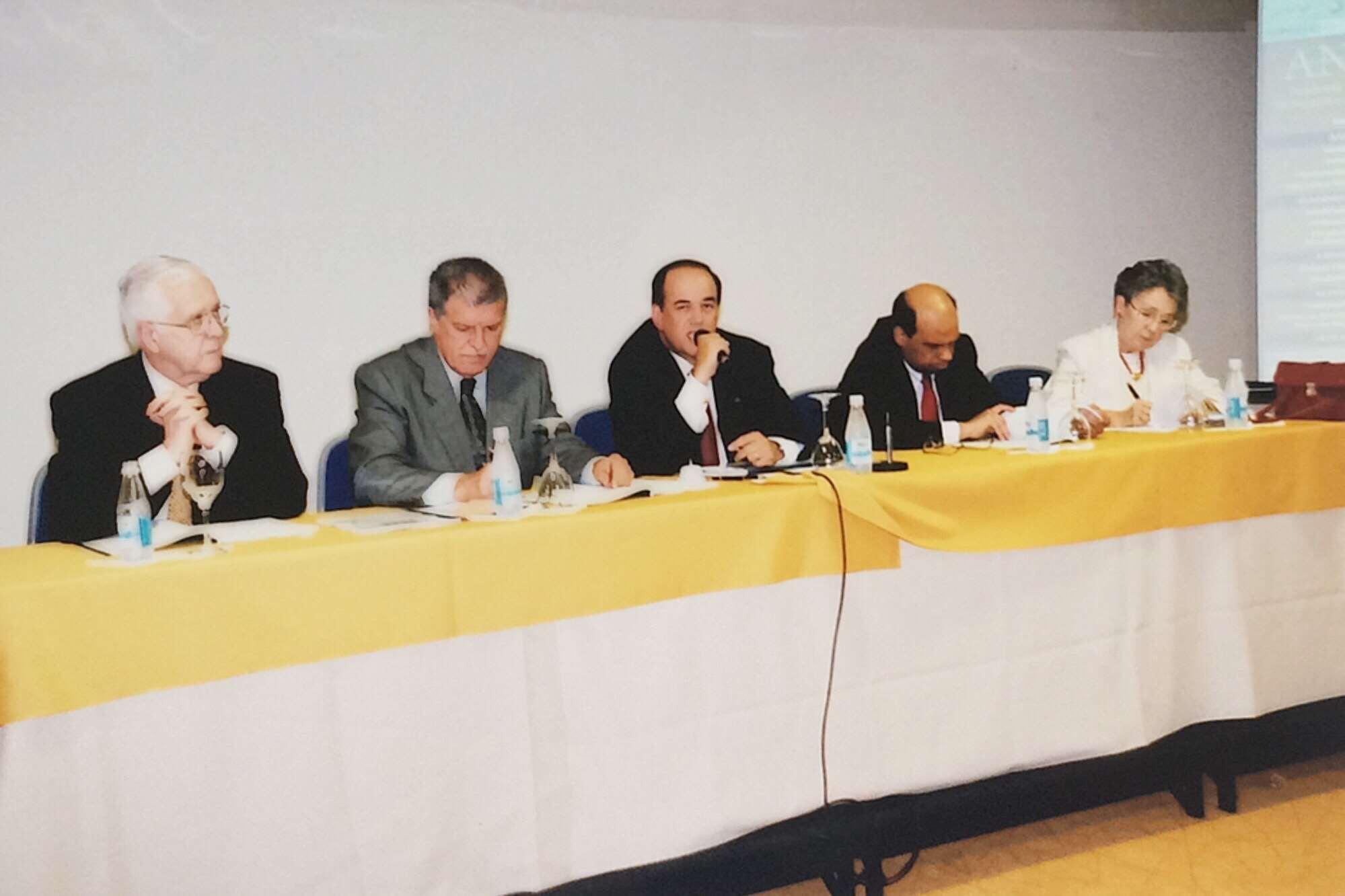 I Fórum de Acadêmicos – 2004
