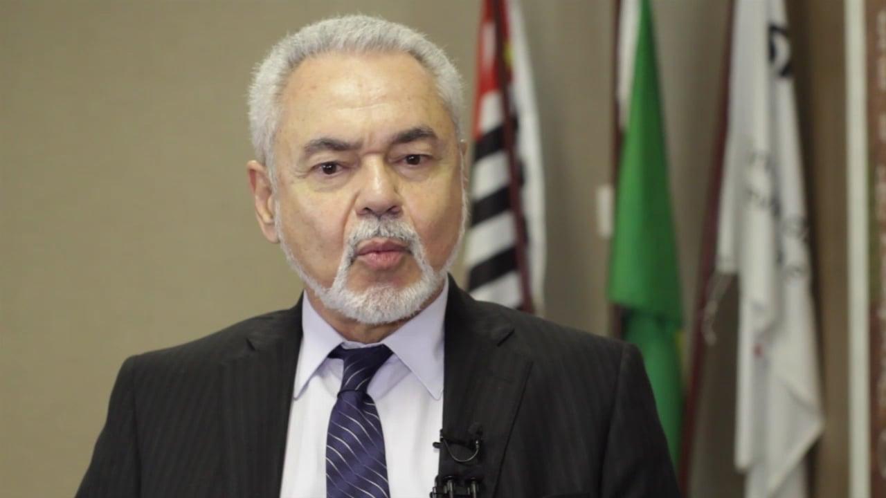 Horacio Luiz Navarro Cata Preta