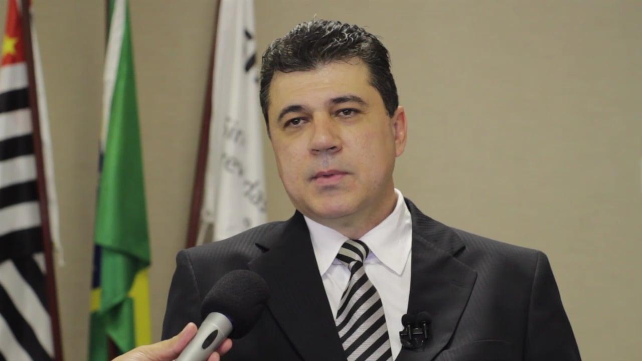 Túlio Lemos Veloso Machado