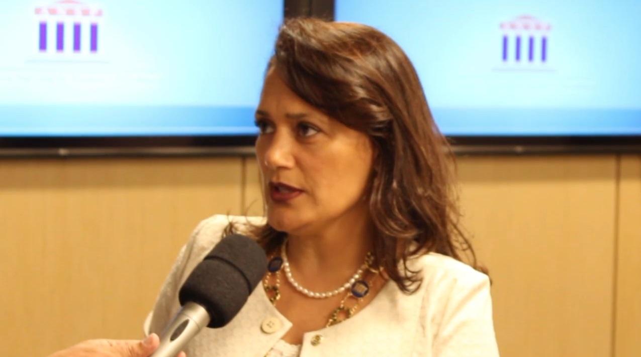 Noite Acadêmica no Rio de Janeiro – Andrea Louise Ruano Ribeiro