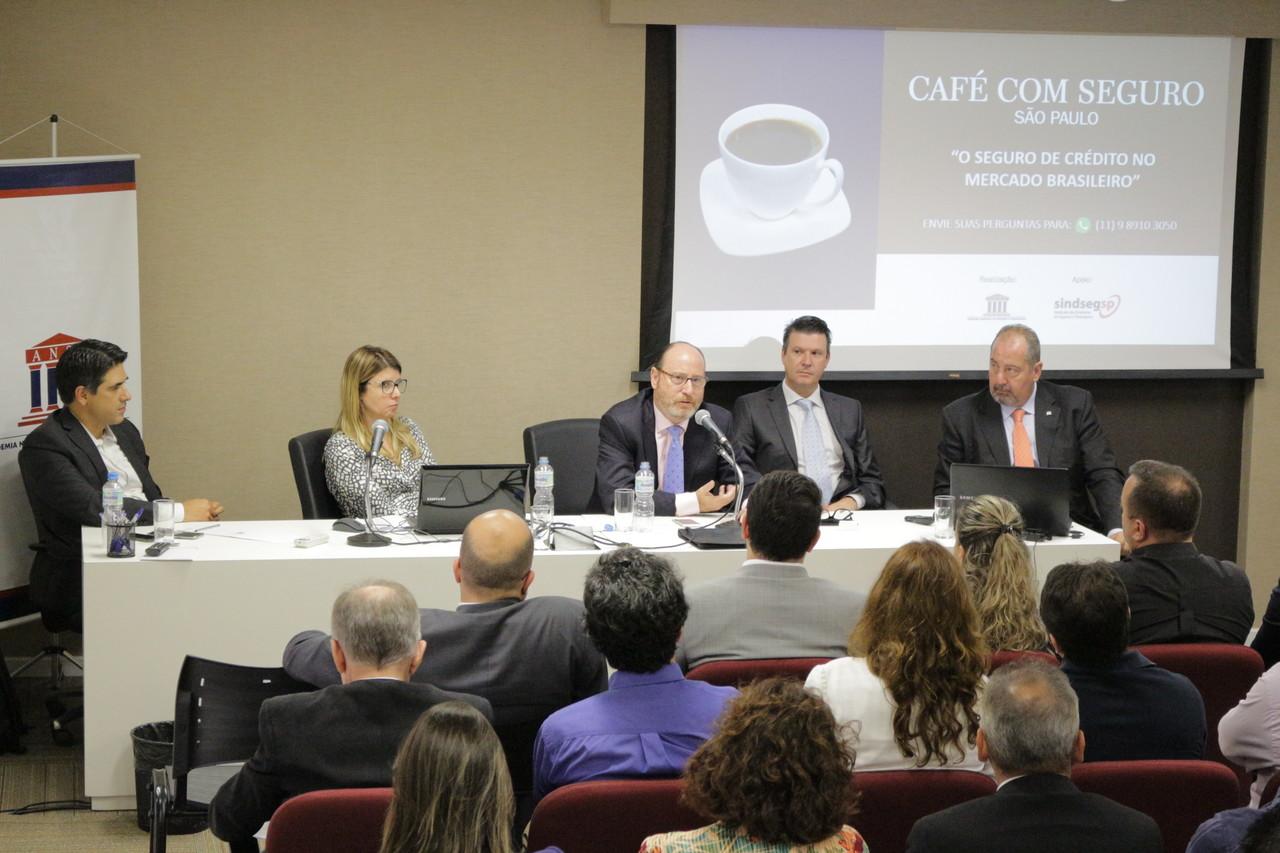 Café com Seguro: Seguro de Crédito Interno no mercado brasileiro
