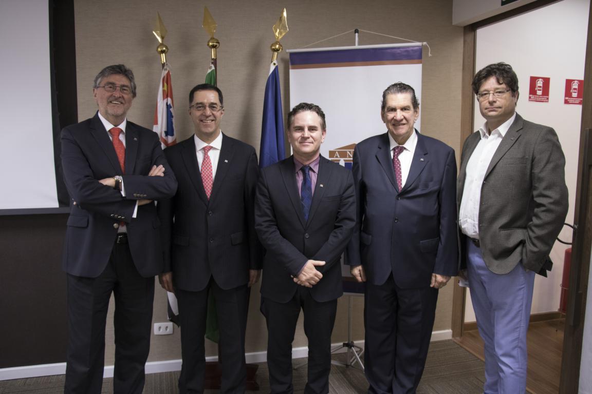 Seminário Internacional l Brasil & Chile